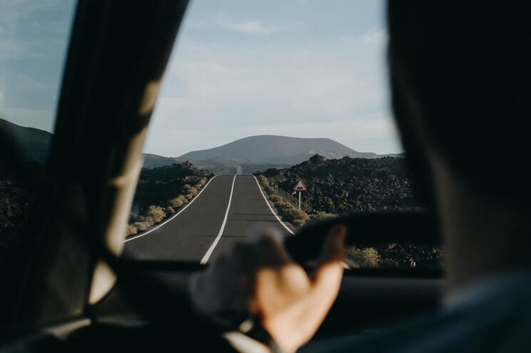"""Estradas espanholas poderão passar a ter mais """"radares em cascata"""""""