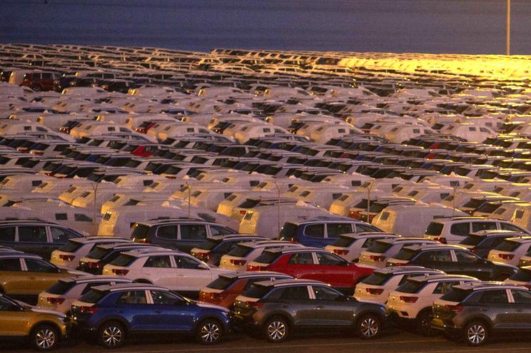 Autoeuropa utiliza o comboio para transportar 250 automóveis por dia para o porto de Setúbal