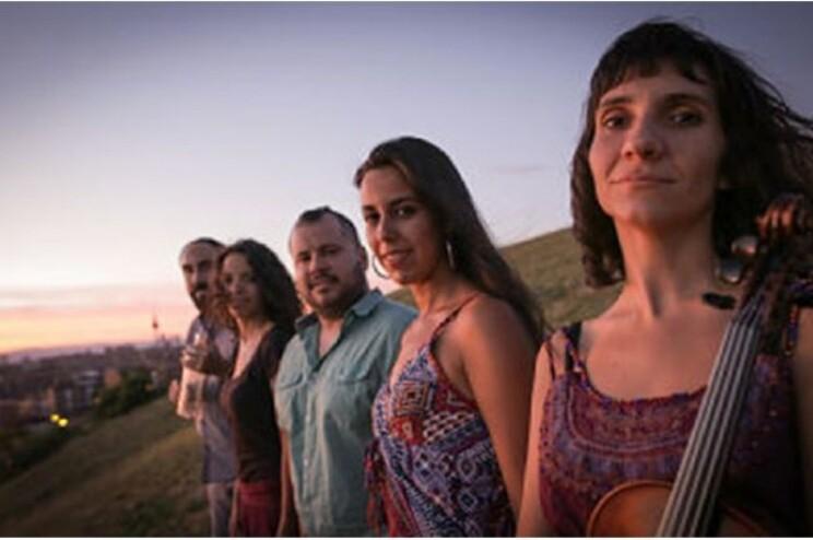 O grupo Zagala funde o som de instrumentos tradicionais de várias épocas e regiões de Espanha