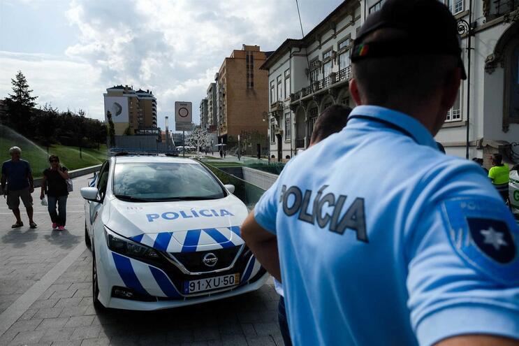 Agentes da PSP e GNR voltam à rua para exigir do Governo cumprimento de promessas