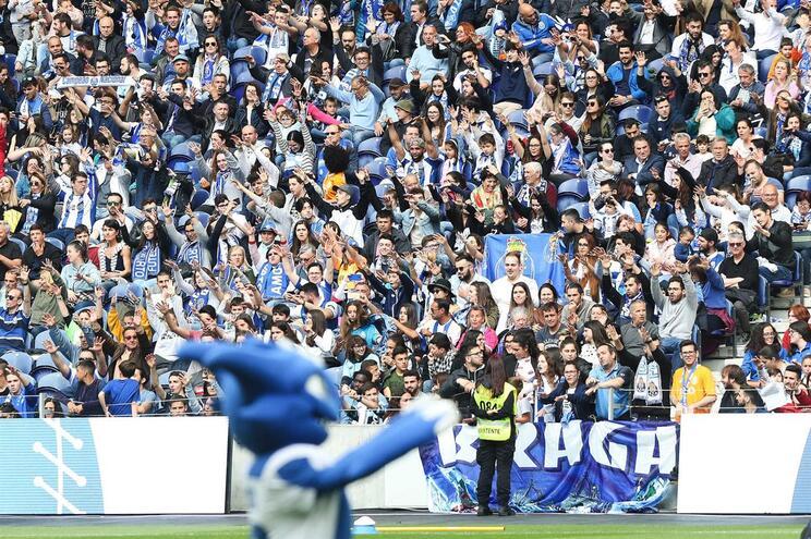 Venda de lugares anuais do F.C. Porto para 2018/19 arranca com sucesso