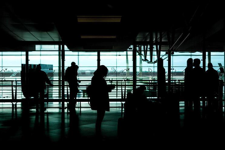 Trabalhadora do aeroporto Sá Carneiro infetada com Covid-19