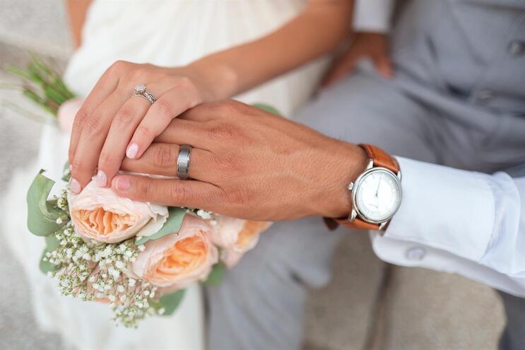 Sexo? Só se for heterossexual e casado, disse a Igreja Anglicana... esta semana