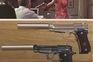 Cinco armas da saga James Bond foram furtadas e a polícia pede ajuda para as encontrar