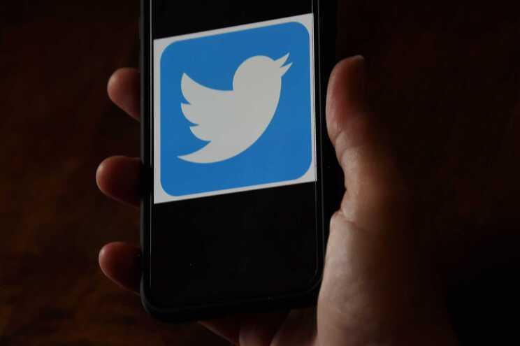 Dois adolescentes acusados de ataque a contas de personalidades no Twitter