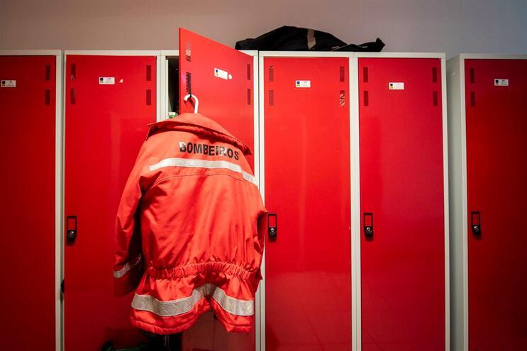 Um bombeiros dos Sapadores de Braga testou positivo para Covid-19