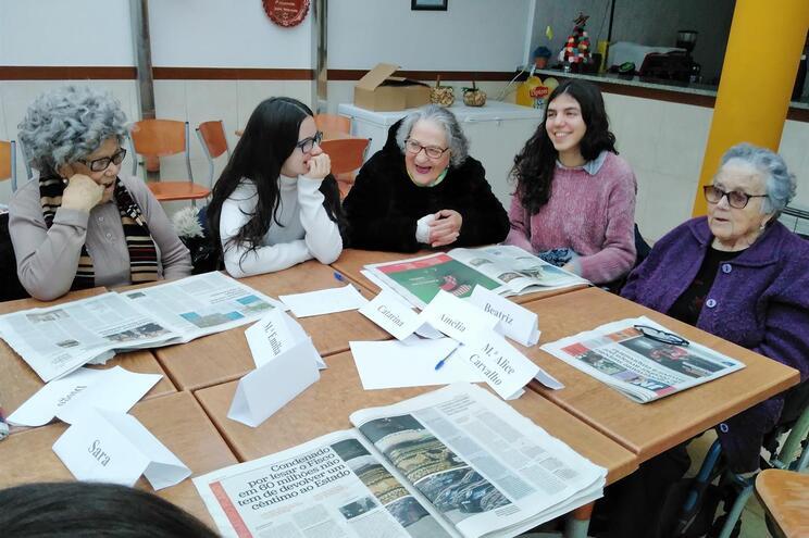 Projeto continua a angariar voluntários para ir a casa de idosos resolver pequenos problemas