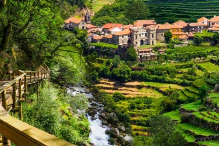 Localizado perto do Parque Nacional da Peneda-Gerês, Sistelo está entre as melhores jóias escondidas