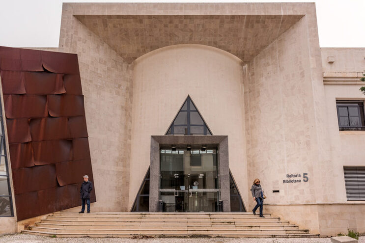 """UAlg coordena aliança de universidades que a """"expandirá"""" para seis países"""