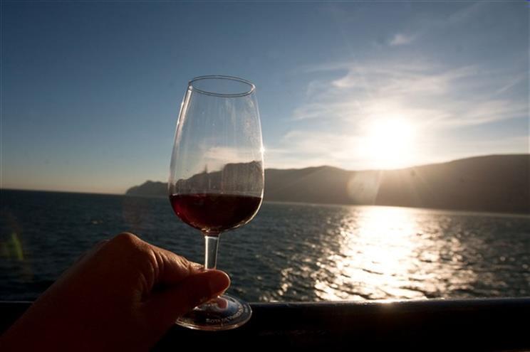 Fraude e contrafação de vinhos portugueses aumentam principalmente na China