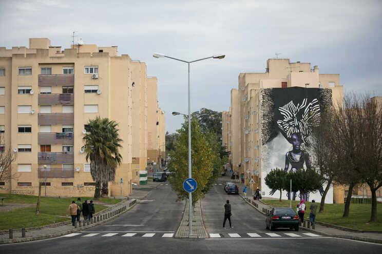 As intervenções-piloto incidem sobre quatro bairros públicos, entre os quais o da Quinta da Fonte (Loures