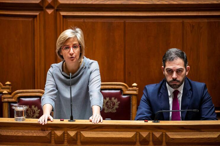 Ministra da Saúde no Parlamento