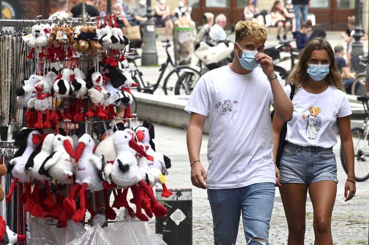 França é o quarto país do mundo com mais mortes por covid-19