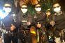 Os últimos mergulhadores a deixarem a gruta na Tailândia