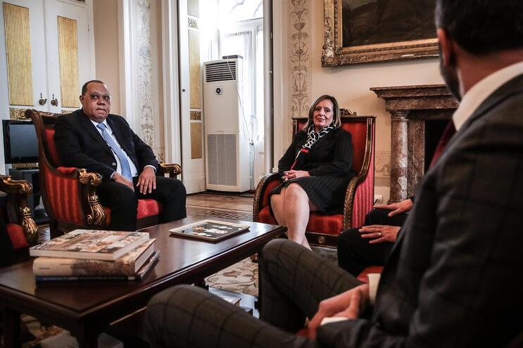 Hélder Pitta Grós e Lucília Gago reuniram-se durante cerca de uma hora e meia, em Lisboa