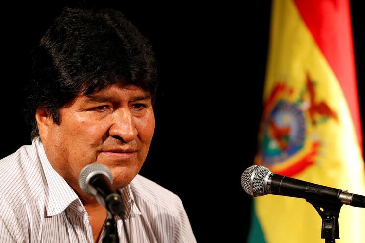 México concedeu asilo ao ex-presidente da Bolívia, Evo Morales, depois deste ter renunciado em 10 de