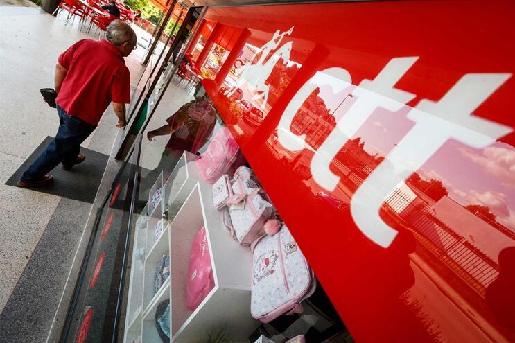 CTT têm menos lojas e lucros caíram desde a privatização