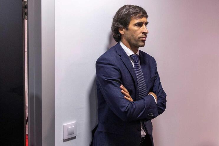 Raúl é atual treinador da formação do Real Madrid