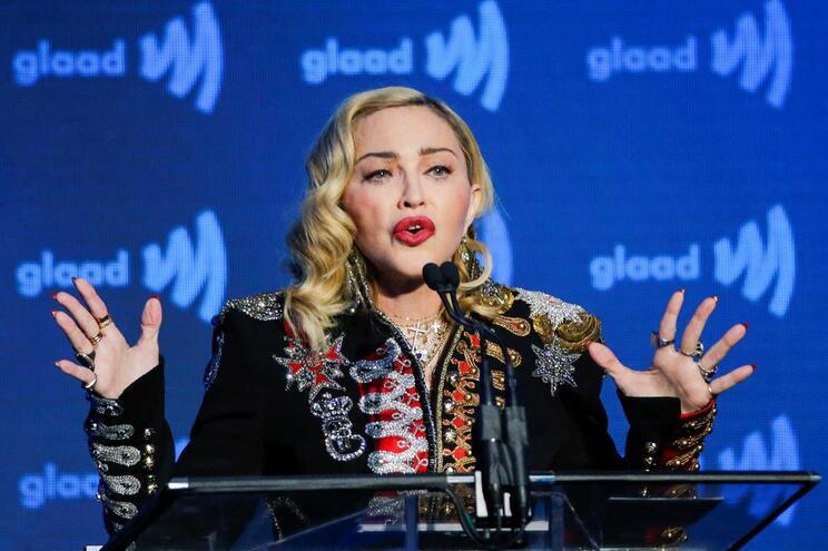 """Madonna """"nunca deixará de tocar música para servir a agenda política de alguém"""""""