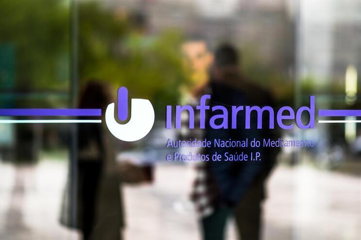 Infarmed anuncia novos tratamentos para VIH e doença de Crohn