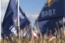 Milhares de bandeiras e National Mall fechado a cadeado para receber Biden