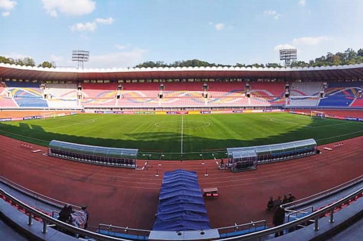Primeiro jogo oficial entre as Coreias em Pyongyang não teve espectadores nas bancadas