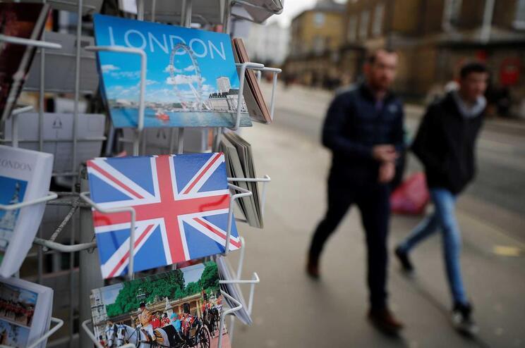 Reino Unido e Bruxelas negoceiam acordo pós-Brexit