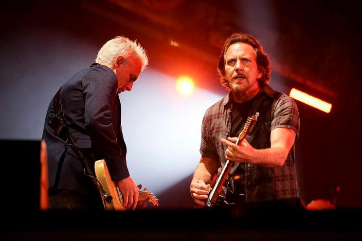 Novo disco dos Pearl Jam chega no final de março