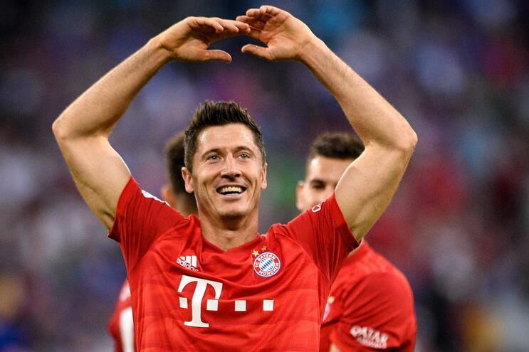 Hat-trick de Lewandowski dá primeira vitória ao Bayern na liga alemã