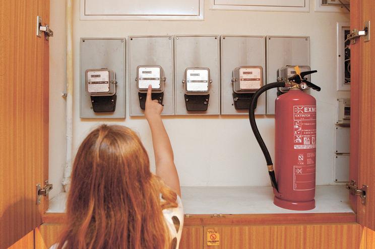 Regulador tem 14 processos abertos por fraudes com contratos de eletricidade