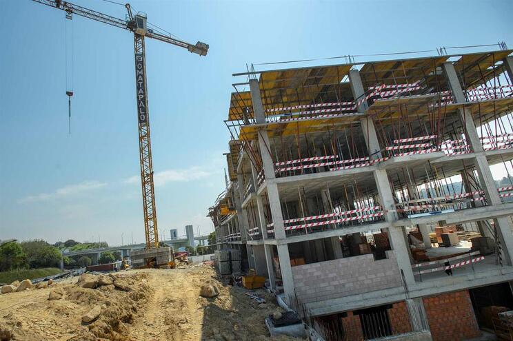 Em 2019, registou-se uma variação ascendente de 6% na construção, o valor mais elevado dos últimos 21