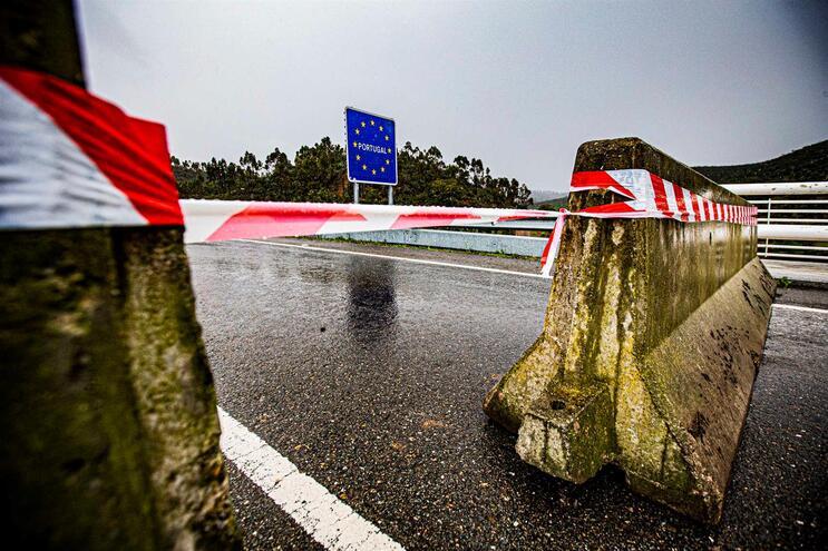 Fronteiras com Espanha fechadas até 15 de junho