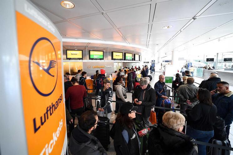 Greve de dois dias do pessoal de cabine da Lufthansa