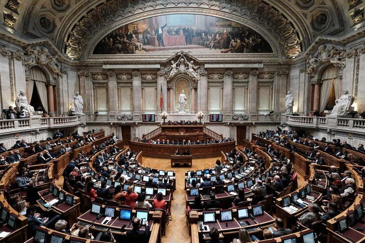 Orçamento do Estado com votação na generalidade a 10 de janeiro e final a 7 de fevereiro