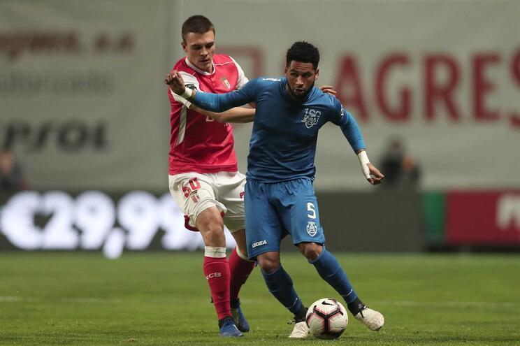 Babanco, do Feirense, aqui em ação no jogo contra o Braga