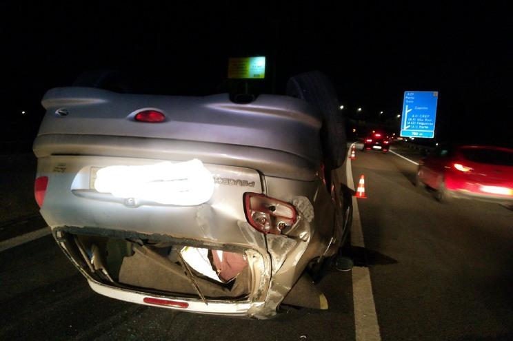 Acidente na A29 corta trânsito entre Esmoriz e Espinho