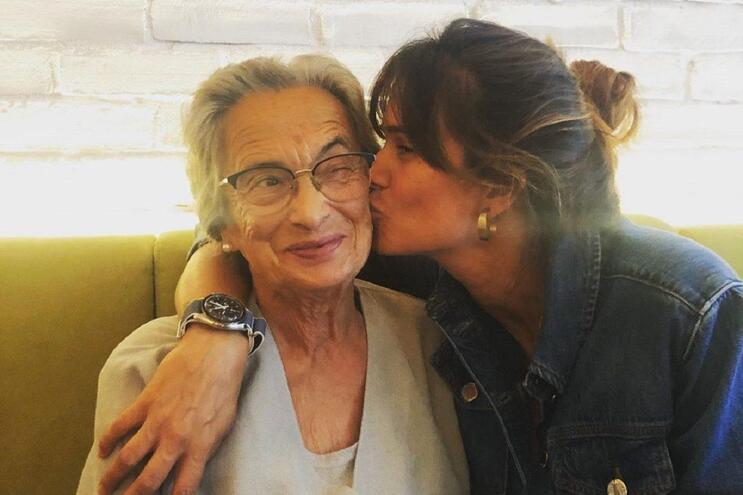 Cláudia Vieira assinala aniversário da avó com dedicatória