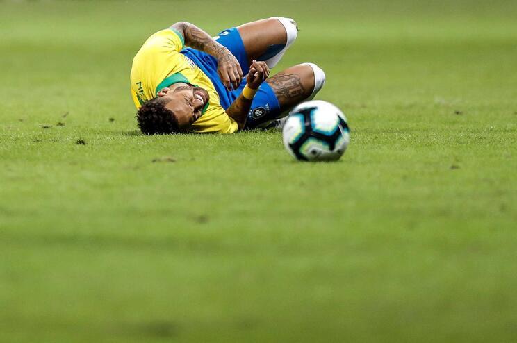 Tite compara ausência de Neymar à de Ronaldo na final do Euro2016