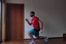 Treinar em casa com circuito de seis exercícios