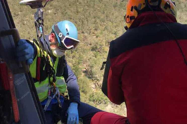 """Homem """"exausto e em hipotermia"""" teve de ser resgatado pela emergência de montanha"""