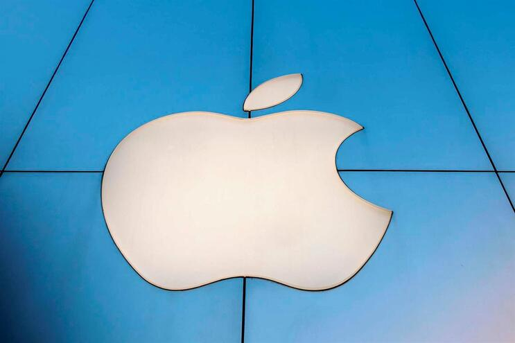 Apple foi acusada de tornar os iPhones mais lentos de forma deliberada.