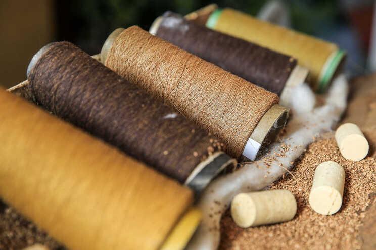 Universidade de Coimbra abre caminho para o uso de nylon em têxteis eletrónicos