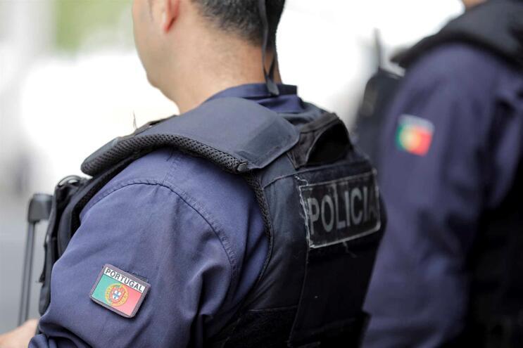 PSP de Sintra deteve agressor, de 27 anos, que ficou em prisão preventiva