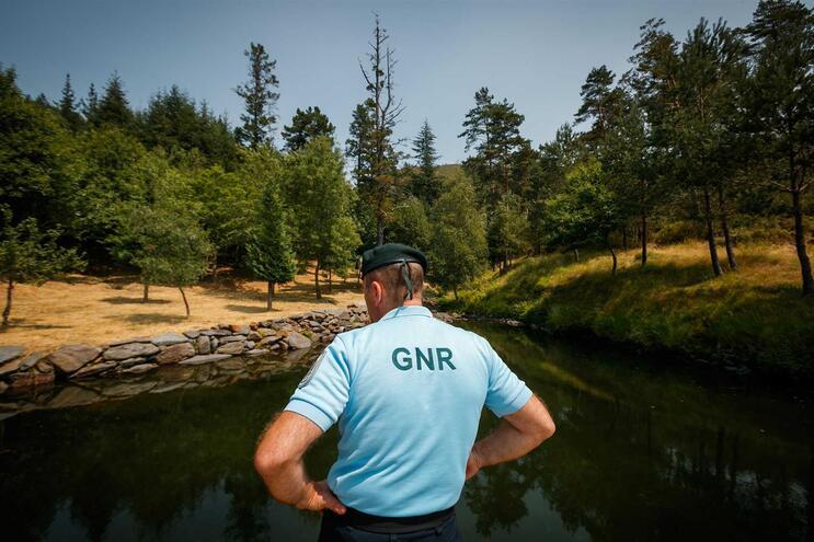 Alunos da GNR param curso para fazer patrulhas no verão