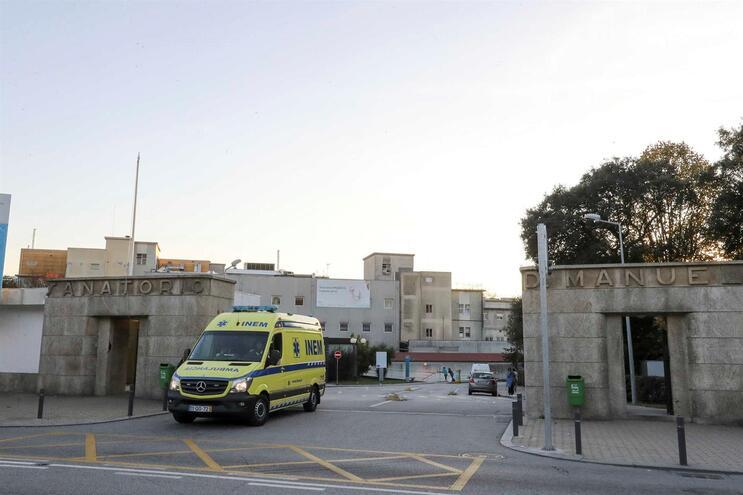 Hospital de Gaia vai reencaminhar utentes pouco urgentes para centros de saúde