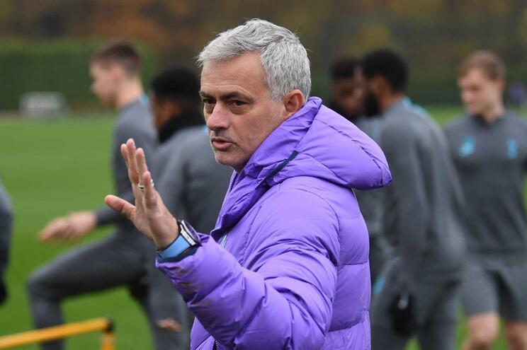 A própria saída de José Mourinho para o Chelsea, no verão de 2004, também foi lucrativa: valeu aos dragões