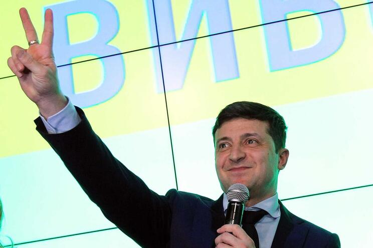 Volodymir Zelensky quer referendar entrada da Ucrânia na NATO