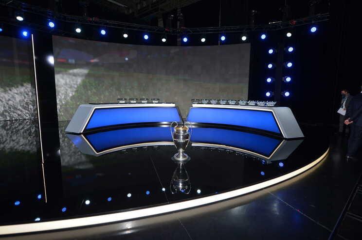 UEFA permite público nos jogos da Liga dos Campeões