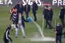 Gelo atrasou início do jogo entre o Vitória e o Farense