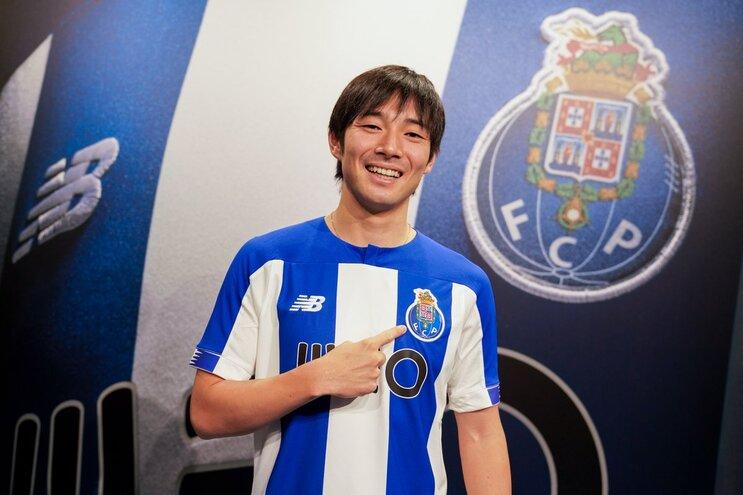 Nakajima marca no triunfo do F. C. Porto em jogo treino com Varzim